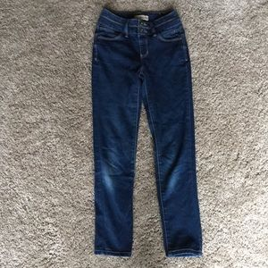 Girls skinny jeans 👖